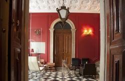 http://www.hotelingo.com/idb/f300c15155dc7905.jpg