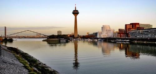Melia INNSIDE Düsseldorf Hafen