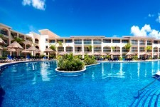 Hotel Sandos Riviera Beach Resort & Spa