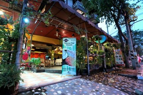 Parasol Hotel Chiang Mai