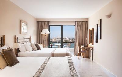 Marina Hotel Corinthia